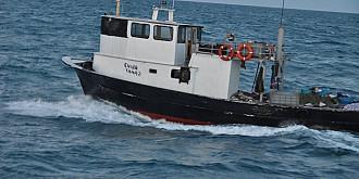 incident pe marea neagra un pescador romanesc cu 7 oameni la bord la un pas sa se scufunde