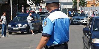 politist local lovit cu masina de un director din cj prahova
