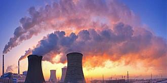franta guvernul va inainta un proiect care va pedepsi poluarea si ecocidul crima de mediu savarsita cu intentie cu pana la 10 ani de inchisoare si amenzi de 45 milioane de euro