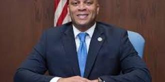 primarul din atlantic city a furat 87000 de dolari din programul de baschet pentru tineret si-a recunoscut vina si a demisionat