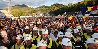 mineri blocati in galeria miniera de la rosia montana
