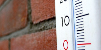 temperaturi de - 7 grade celsius la varful omu meteorologii anunta lapovita si ninsori la munte