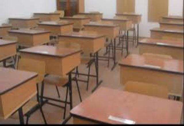 BREAKING Ministrul Educaţiei: Şcolile rămân închise până după Paşte